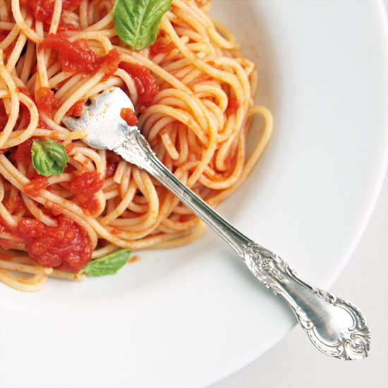eb6c243ae1cfeb9a_Pasta-with-Tomato-Sauce-and-Basil.xxxlarge_1