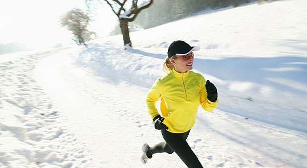 running-in-snow