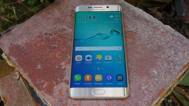 samsung_galaxy_s6_edge_display