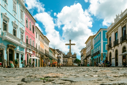 Salvador: 2,000 murders a year but lovely historic centre