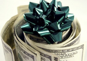 money-roll-with-green-bow
