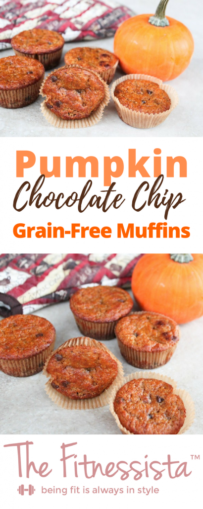 A grain-free treat, with a soft fluffy texture. Serve these pumpkin chocolate chip muffins for holiday brunch, or make a double batch to freeze for the week | fitnessista.com